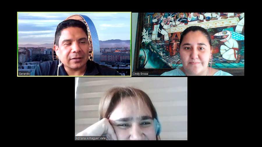 Grupo de profesores en videollamada