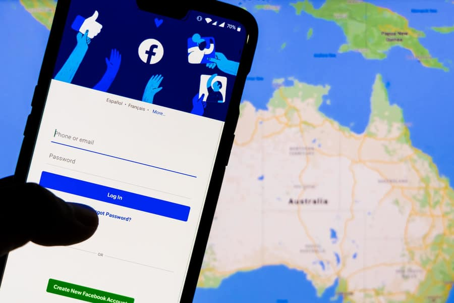 A technical expert is examining the audit of Facebook in Australia