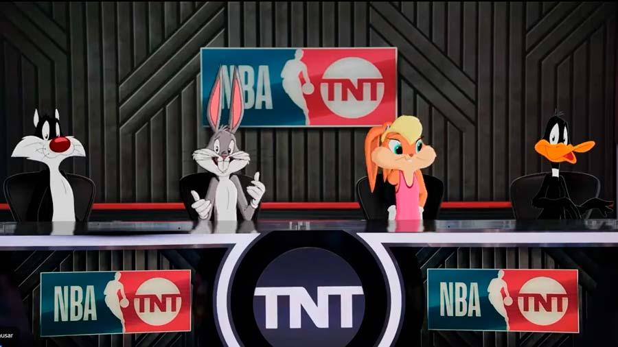 Además de la película Space Jam 2, Luis Manuel también hizo animación de los Looney Tunes para clientes como TNT o Nike.
