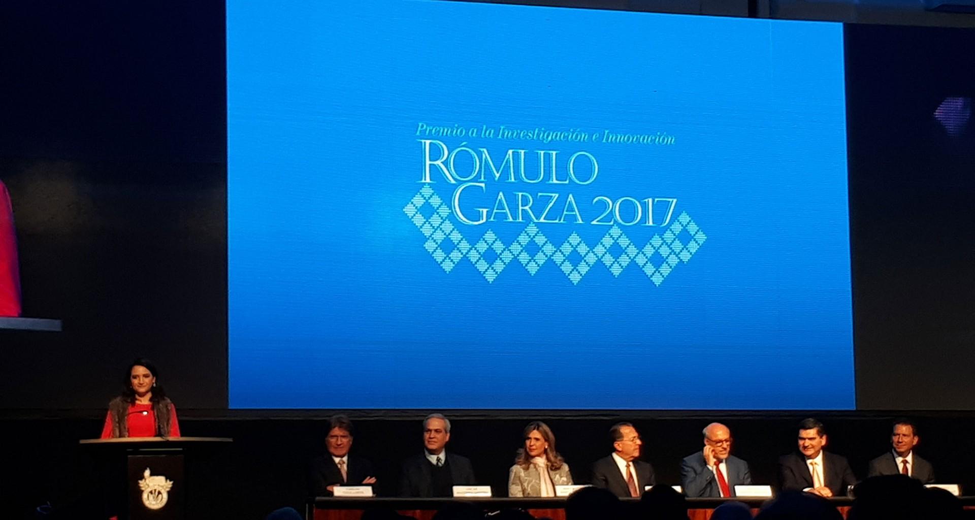Resultado de imagen para LOGO DEL Premio Rómulo Garza 2017