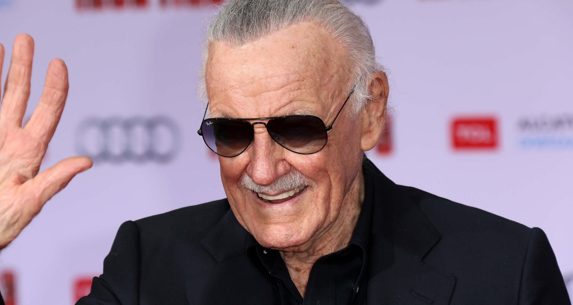 Stan Lee falleció