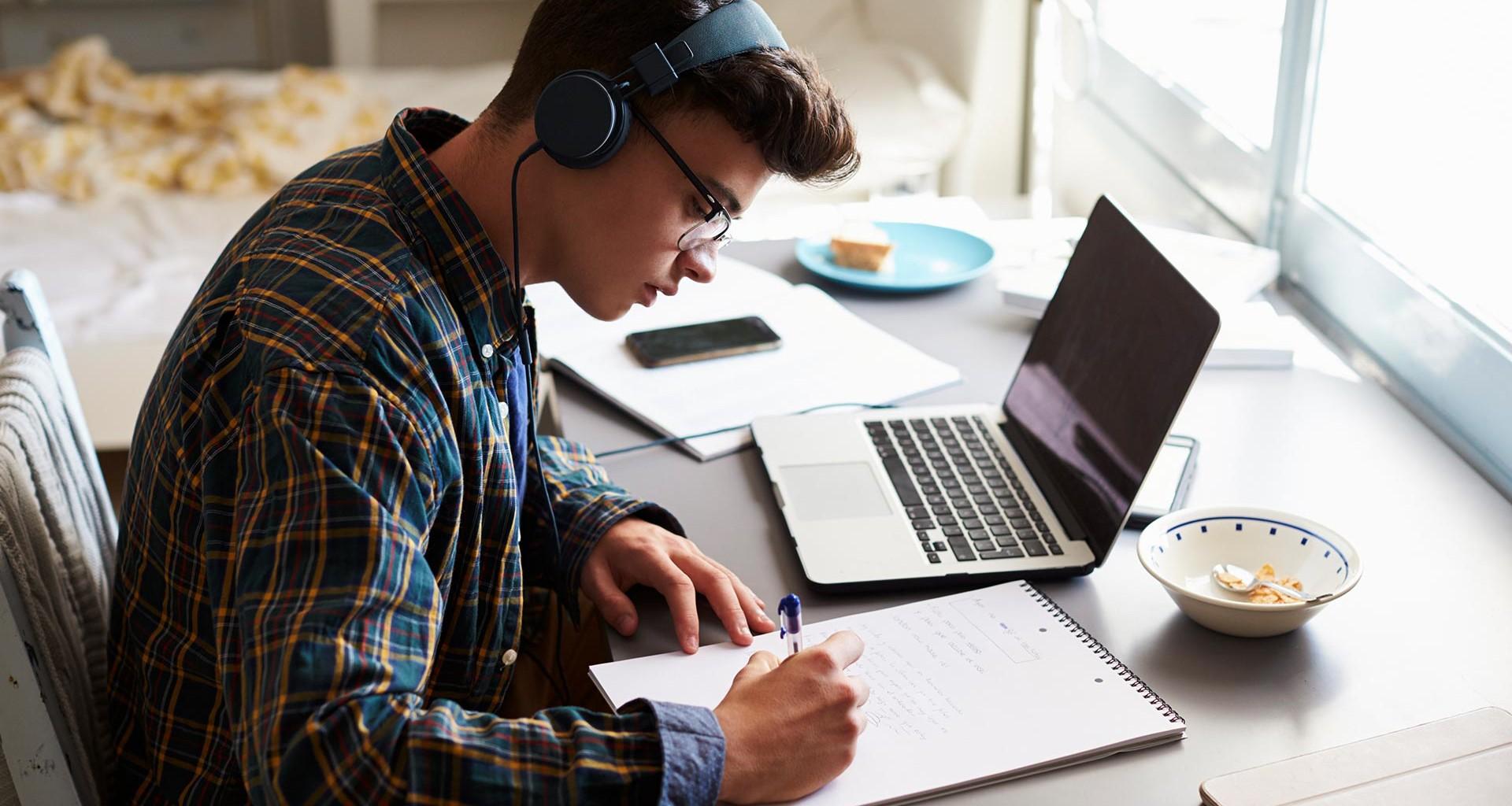 Tendrás que estudiar desde casa? 15 tips para tus clases en línea ...