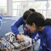 X-Connection ajustando el robot.
